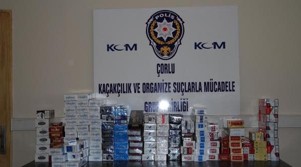 Evde Mutfak Tezgahi Altindan 3 Bin Paket Kaçak Sigara Çikti