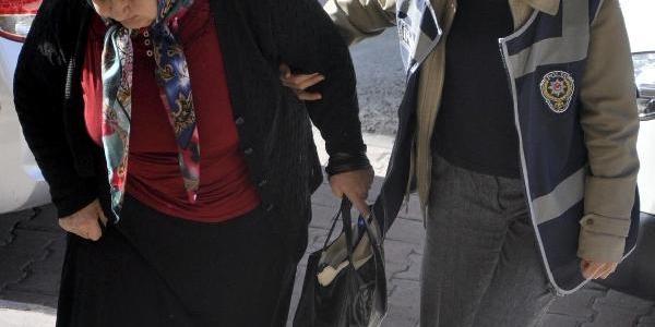 Evinde Fuhuş Yaptirmaktan Gözaltina Alindi