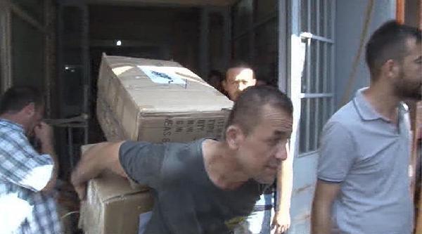 Fatih'te Kaçak Sigara Operasyonu