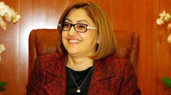Fatma Şahin'den 'sağduyu' Çağrisi