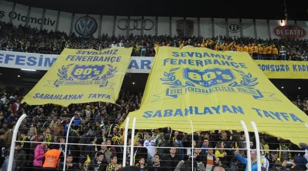 Fenerbahçe-Beşiktaş Maçinin Fotoğraflari