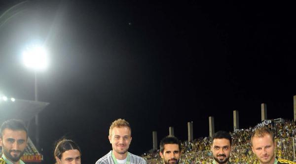 Fenerbahçe - Galatasaray Maçı Ek Fotoğraflar Son