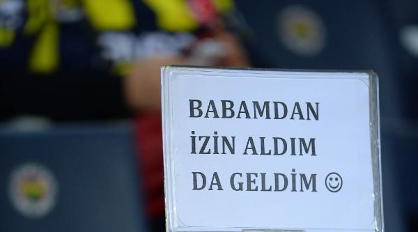 Fenerbahçe - Gençlerbirliği Maçının İlk Yarı Fotoğrafları