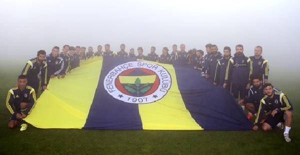 Fenerbahçe Sezon Hazırlıklarını Akşam Antrenmanıyla Sürdürdü