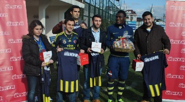 Fenerbahçe 'ülker Ayin Golü' Yarişmasinin Ekim Ayi Galibi Emmanuel Emenike Oldu
