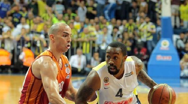 Fenerbahçe Ülker, Seride 3-2 Öne Geçti