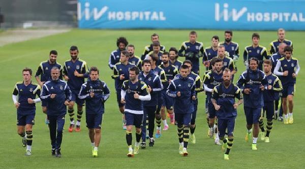 Fenerbahçe'de Caner Ve Egemenin Sakatlığı Devam Ediyor