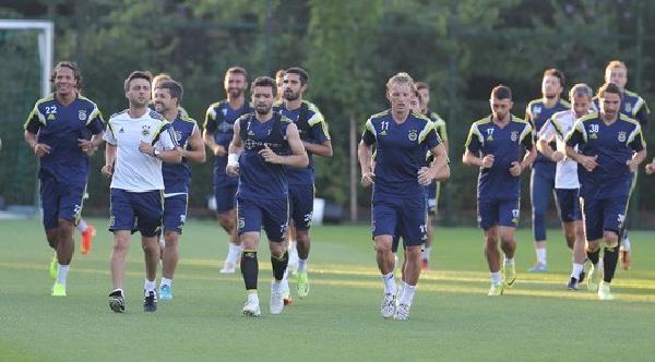 Fenerbahçe'de Diego Ribas Takımla Çalişti