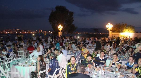 Fenerbahçe'den 100 Somalı Öğrenciye 5 Yıl Eğitim Bursu