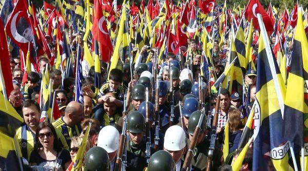 Fenerbahçe'nin Anıtkabir'e Adalet Yürüyüşü (fotoğraflar)