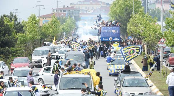 Fenerbahçe'nin Şampiyonluk Kutlamalarından Fotoğraflar (ek)