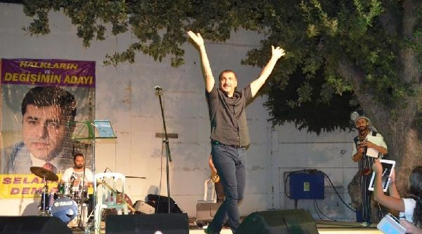 Ferhat Tunç'tan, Demirtaş'a Destek Konseri