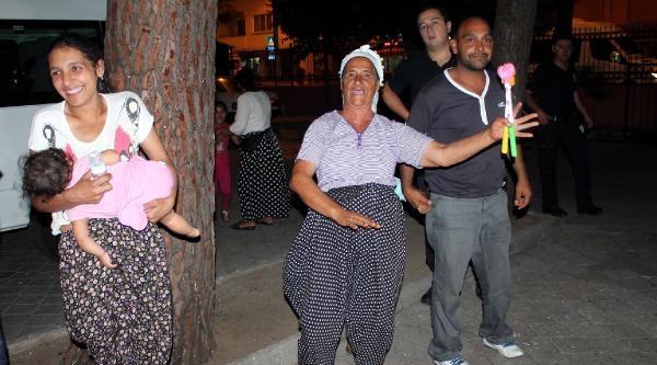 Fethiye'de Dilenci Ve Falcılara Gözaltı