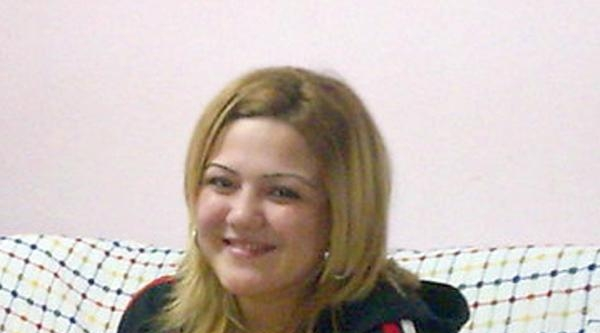 Fethiye'de Kocasının Boğazını Kestiği Kadın Toprağa Verildi