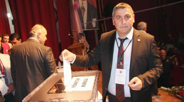 Fethiyespor'da Öztürk Yeniden Başkan