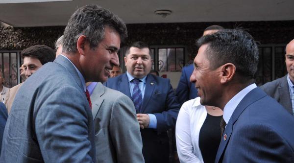 Feyzioğlu Balyoz Tahliyeleri  Ve 12 Eylül Davasını Değerlendirdi