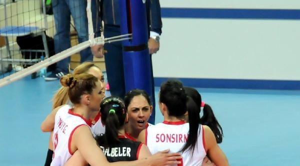 Finlandiya - Türkiye Voleybol Maçı Fotoğrafları