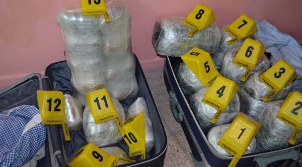 Firari Mahkum 34 Kilo Uyuşturucu Ile Yakalandi