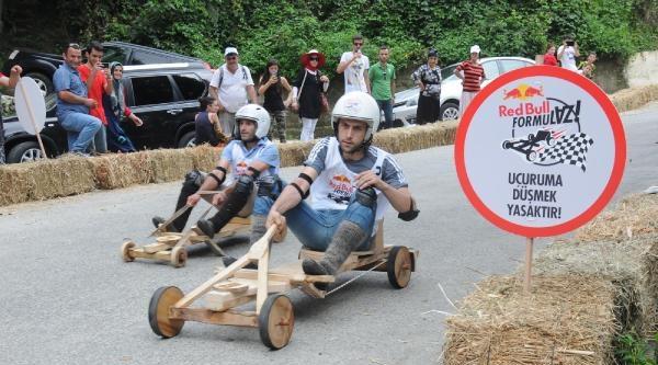 'formulaz'da Tahta Arabalar Yarıştı