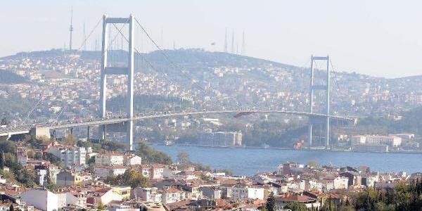 Fotoğraflar (3)  / Boğaziçi Köprüsü'nde 'tarihi Vuruş'
