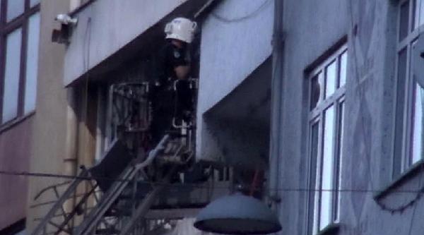 Fotoğraflar / 3 İlçede Şafak Operasyonu: 20 Kişi Gözaltında