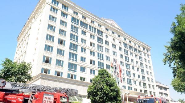 Fotoğraflar - 5 Yıldızlı Otel'de Yangın Paniği