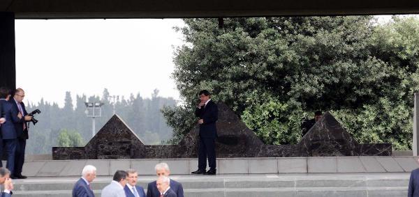 Fotoğraflar// 8. Cumhurbaskanı Turgut Özal'in Mezarını Zıyaret Ettı