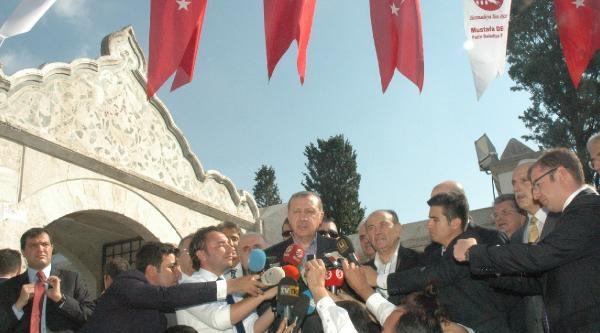 Fotoğraflar -  Başbakan Erdoğan Bayram Namazını Fatih Camii'nde Kıldı