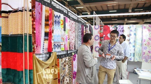 Fotoğraflar - Çin Ürünleri Fuarı Açıldı