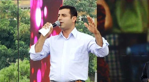 Fotoğraflar / Cumhurbaşkanı Adayı Demirtaş Kadıköy Mitinginde Konuştu
