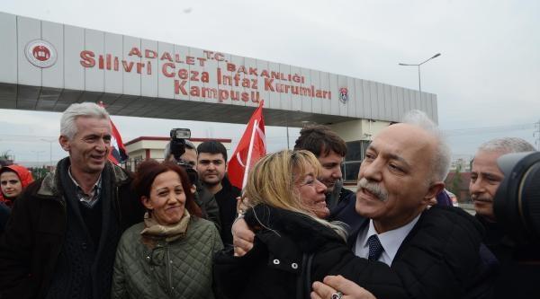Fotoğraflar// Durmuş Ali Özoğlu Cezaevineden Çikti