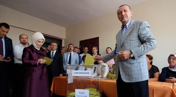 Fotoğraflar /erdoğan Oyunu Kullandı (1)