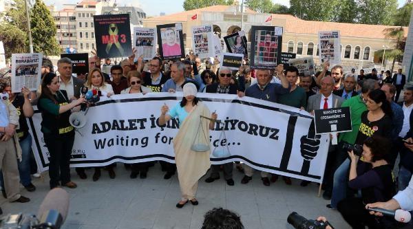 Fotoğraflar /// Gazeteciler, Dünya Basın Özgürlüğü Günü'nde Yürüdü