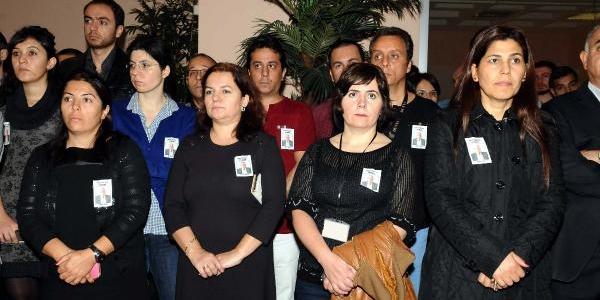 Fotoğraflar// Hasan Yilmaer Için Dünya Gazetesi'nde Tören Düzenlendi