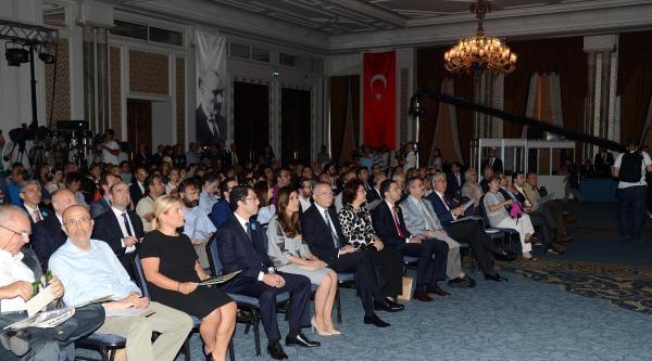 Fotoğraflar -  İhsanoğlu Salona Ailesiyle Geldi