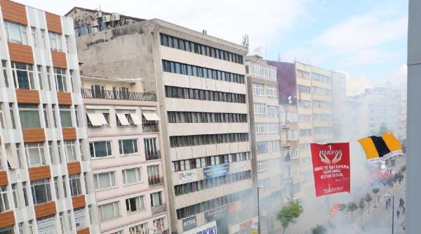Fotoğraflar /// İstanbul'da 1 Mayıs -- Disk Önünde Müdahale