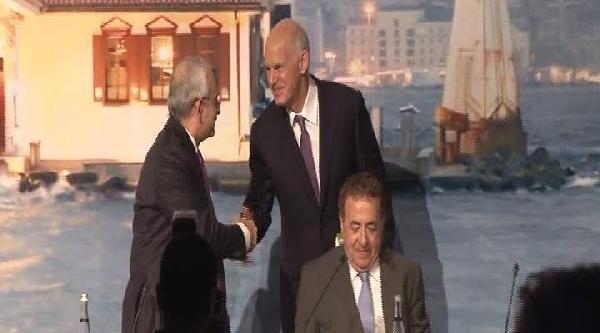 Fotoğraflar - Papandreu: Demokrasinin Iyi Işleyebilmesi Için Sorumlu Partilere Ihtiyaç Var