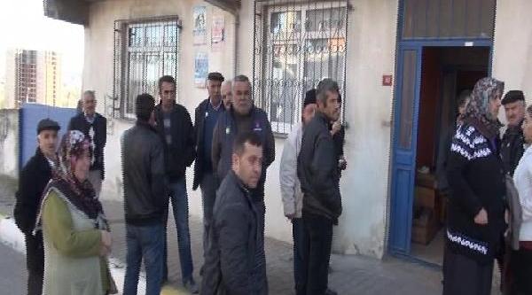 Fotoğraflar - Pendik'te Kahvalti Sonrasi 2 Kardeş Öldü (1)