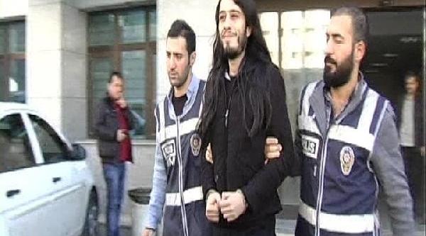 Fotoğraflar /// Redhack Soruşturmasinda Tekrar Gözaltina Alinan Taylan K. Ankara'ya Götürülecek