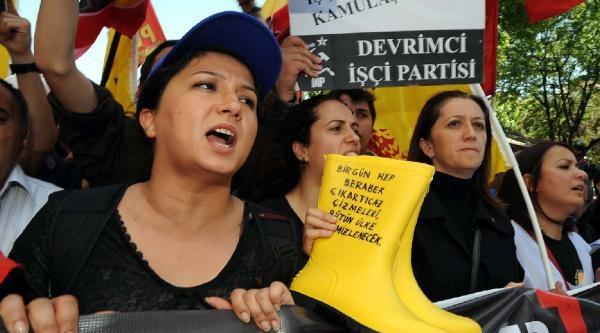 Fotoğraflar - Soma Faciasını Protesto Ettiler