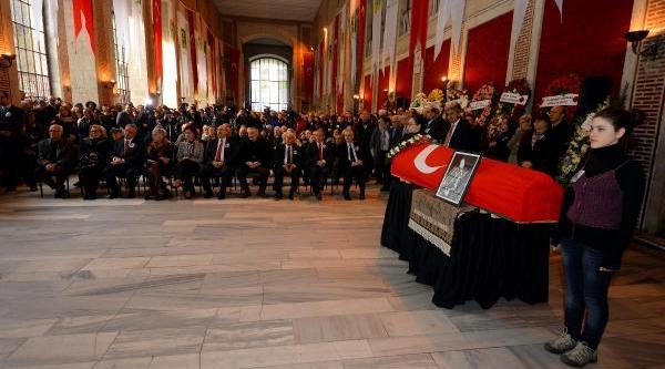Fotoğraflar - Ünlü Arkeolog Prof. Dr. Halet Çambel Toprağa Veriliyor