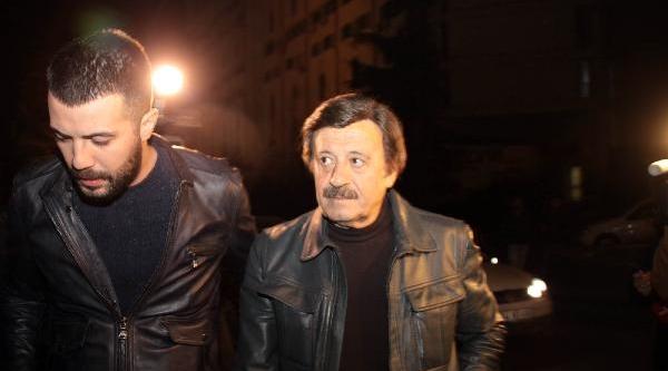 Fotoğraflar//adnan Şenses Hayatini Kaybetti