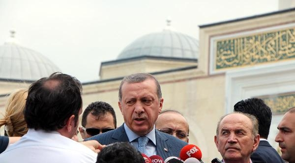 Fotoğraflar//başbakan Erdoğan Cuma Namazından Sonra Açıklama Yaptı