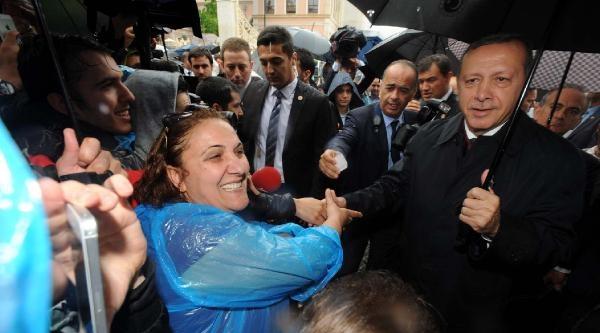 Fotoğraflar//başbakan Erdoğan'a Ortaköy'de Sevgi Gösterisi