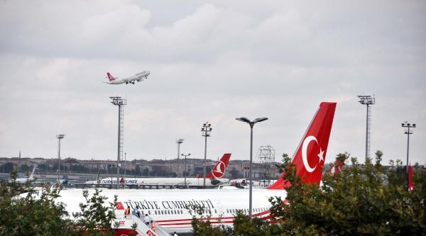 Fotoğraflar//cumhurbaşkanı Erdoğan İlk Yurtdışı Gezisinde Kıbrıs'a Gitti