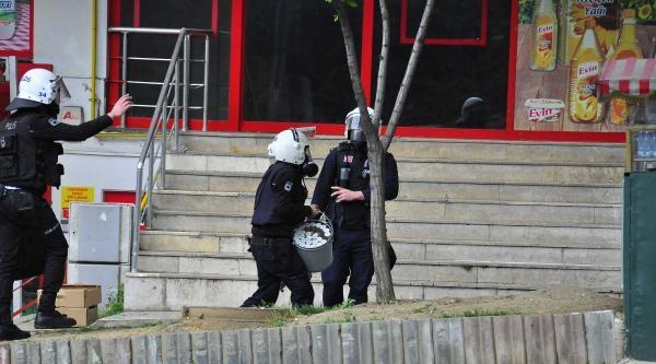 Fotoğraflar//istanbul'da 1 Mayıs -- Beşiktaş'ta Müdahale