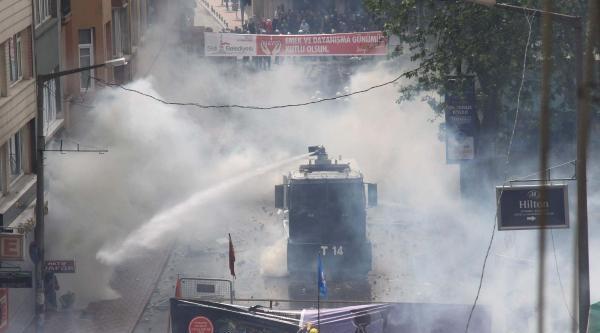 Fotoğraflar//istanbul'da 1 Mayıs Şişli'de Müdahale