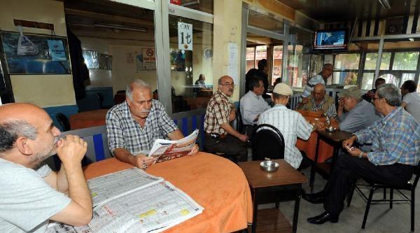 Fotoğraflar//kasımpaşa'da Ak Parti'nin Köşk Adayının Açıklanması Böyle İzlendi