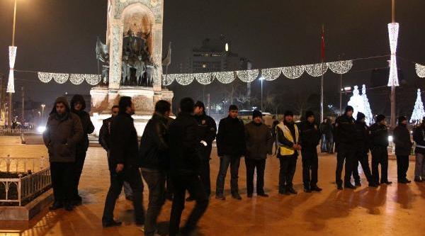 Fotoğraflar//taksim'de Yeni Yil Kutlamalari