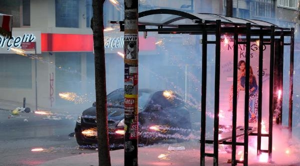 Fotoğraflar//taksim'e Çikmak İsteyen Gruba Müdahale
